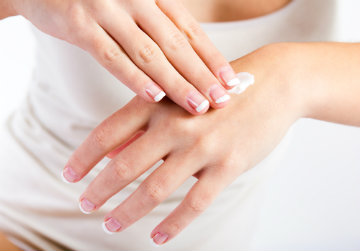Tips to Banish Dry Skin This Winter