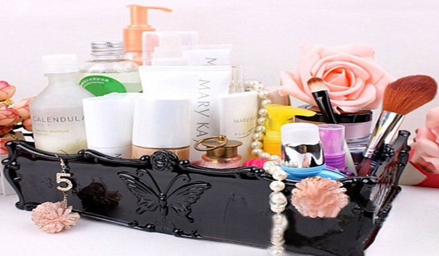 Simple Ways to Organize Your Makeup Box