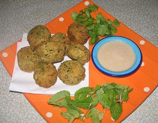 Delicious Falafel and Tahini Sauce Recipe