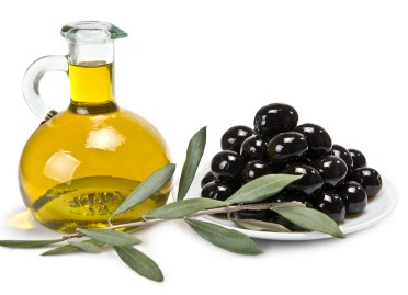 8 Ways to Try Goodness of Olive Oil for Your Skincare
