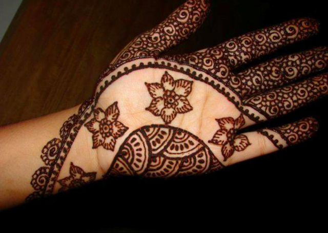 Latest Flower Mehndi Design : Best arabic mehandi designs for you indusladies