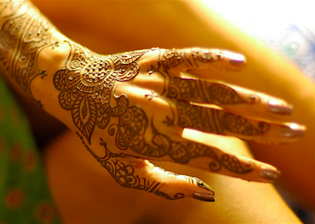 Simple Arabic Mehandi Design 2014