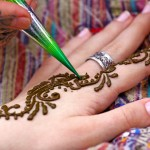 Best-Simple-Mehandi-Design-Intro