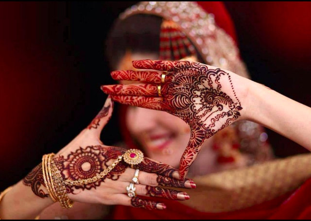 The Magic of Arabic Mehandi Designs