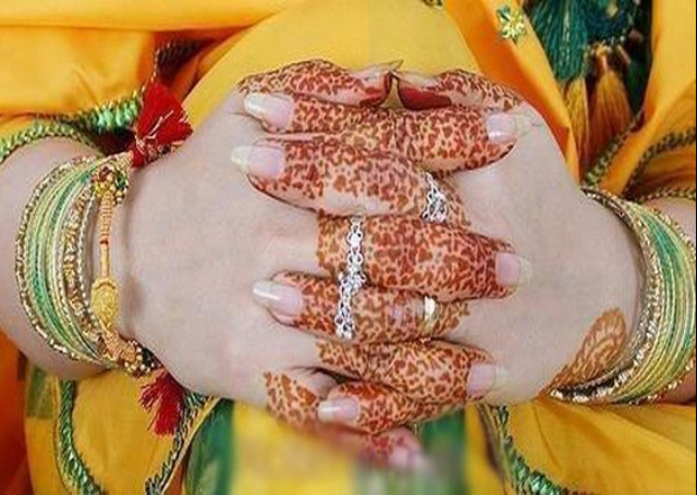 Mehndi Designs For Fingers Only : 16 simple and elegant mehandi designs for your hands indusladies.com