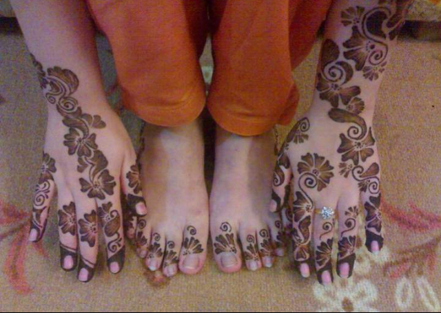 Arabic pattern for hands and feet
