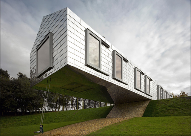 balancing-house