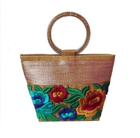 Karwa Chauth Gifts for Your Near & Dear