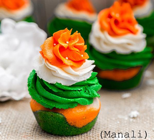 r-day-cupcake-2