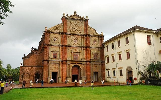 basilica-of-bom-jesus-goa